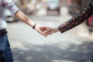 【バツイチ男性との恋愛】相性から二人の将来まで霊視で占います!