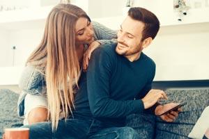 片思い相手が交際相手に振られたらしい。アプローチのチャンス?