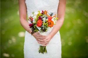 姓名判断で結婚占い ‐ 結婚に不安!収入の低い彼氏との未来
