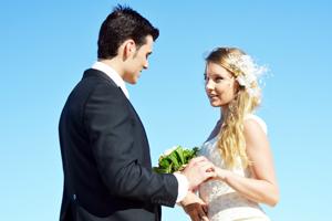 今の彼氏と結婚できるか無料占い!何歳で結婚できる?
