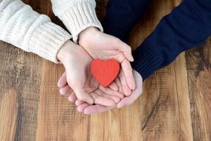 無料タロットで恋人の気持ち占い!二人の恋愛相性を明かします