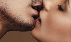 彼とのキスは気持ちいい?キスの相性と恋愛相性占い