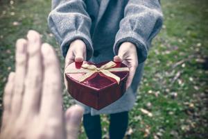 クリスマスで片思い成就させたい!誘う方法を恋愛占い