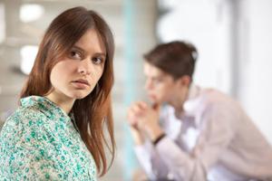 今の夫との結婚に後悔!離婚方法と未来をズバリ占います